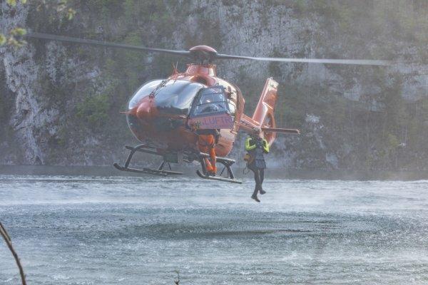Wasserrettung vom 23.04.2019  |  (C) Feuerwehr Bad Reichenhall (2019)